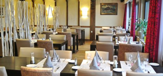 Some photos of our restaurant: HOTEL-ST-FIACRE-BOURSCHEID-...