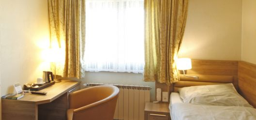 Some pictures of our rooms: Hotel-St-Fiacre-Bourscheid-...
